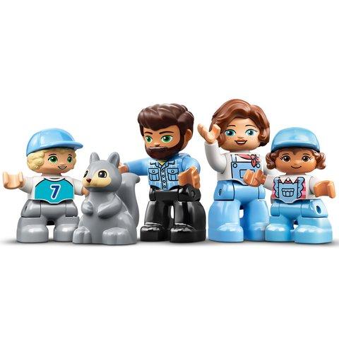 Конструктор LEGO DUPLO Семейное приключение на микроавтобусе 10946 Превью 8
